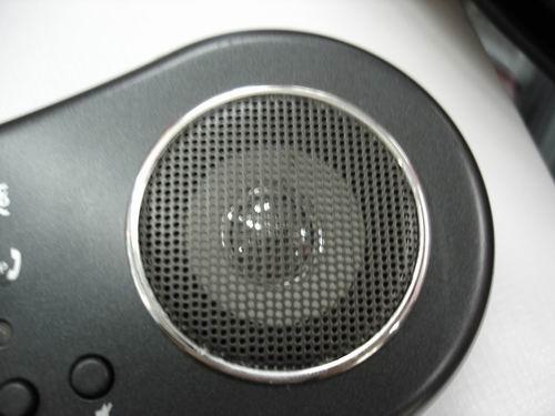 """740)this.width=740"""" border=undefined> (图) 网络电话专家 双飞燕USB精美小音箱 双飞燕AU-400 USB网话音箱独创数码功放电路与特殊喇叭结构,功率为2.2W,使得它完全可以胜任一款音箱的本职工作。全防磁的设计让它的适应性更好。"""